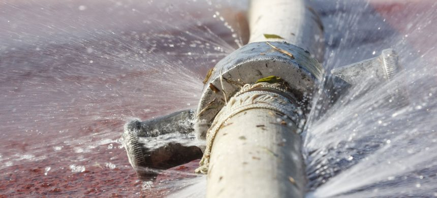 4 Ways To Tell If Your Pipes Are Worn Out